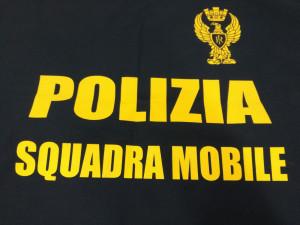 Rubava nei parcheggi dei supermercati di Cuneo: arrestato