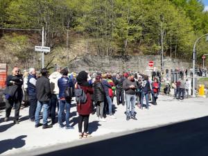 Al Tenda centinaia di persone aspettano 'Striscia la Notizia'