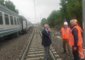 Incidente ferroviario a Trinità: danni per un milione di euro