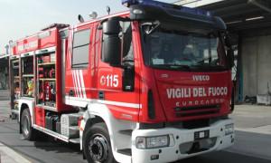 Incendio in una cascina a Barge, sul posto Vigili del Fuoco e volontari