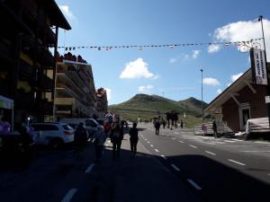 Ci siamo! Oggi il Giro arriva a Prato Nevoso: tanti tifosi già lungo la salita (LE FOTO)