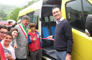 Nuovo scuolabus per l'istituto comprensivo Santo Stefano Belbo