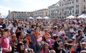 Domani a Cuneo 'Famiglia sei Granda'