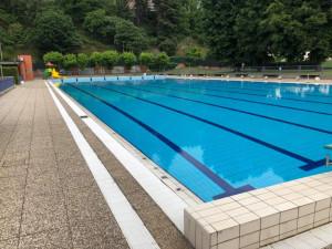 Domenica apre la piscina all'aperto di Cuneo
