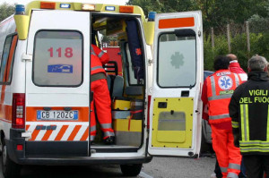Scontro tra camion e moto: deceduto un 22enne