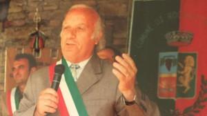A Cossano Belbo un busto in memoria dell'ex sindaco Giovanni Filante