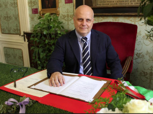 Il sindaco di Alba ha aderito alla campagna '#liberiamoisindaci'
