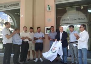 Alba: inaugurato il defibrillatore donato alla città dai fratelli Grasso