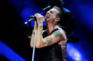 Quasi 10 mila persone a Barolo per i Depeche Mode