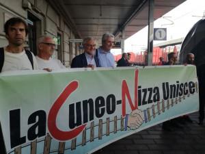 Partito il primo treno Cuneo-Ventimiglia