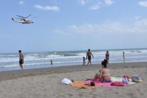 Dormono in spiaggia dopo serata in discoteca, minorenni cuneesi fermati dalla Polizia Municipale