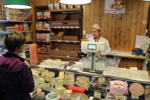 'Comprando solo prodotti di qualità nei piccoli negozi, molte persone camperebbero 15 giorni'