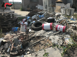 Rifiuti pericolosi vicino al letto del Varaita, denunciato imprenditore edile di Polonghera