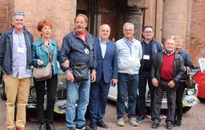 Alba: tante auto storiche in piazza Risorgimento per il XIX trofeo 'Le Spyder tra Langhe e Roero'