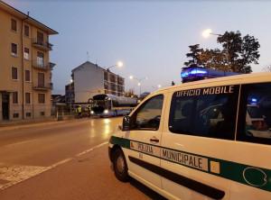 Bra: verifiche della Polizia Municipale su 11 autobus circolanti in città