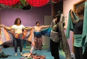 Alba: 'Babywearing' nell'asilo comunale 'L'Ippocastano'