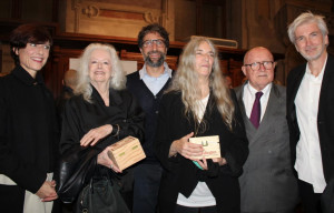 Ad Alba la mostra 'Lynn Davis & Patti Smith: conspiracy of word and image'