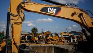 Rubavano Caterpillar dai cantieri, li 'ripulivano' e li rivendevano: sette misure cautelari