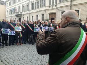 La protesta per il mancato completamento dell'Asti-Cuneo: 'Siamo diventati la barzelletta d'Italia'