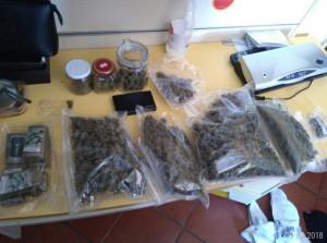 Cuneo: coltivavano droga in casa, tre denunce e un arresto