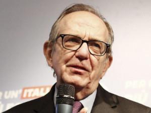 L'ex ministro dell'Economia Pier Carlo Padoan ospite a Cuneo