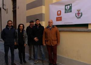 Alba: inaugurato un nuovo defibrillatore per il centro storico