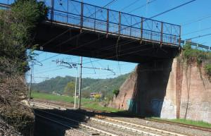 Il problema del transito sui due cavalcaferrovia a San Michele Mondovì