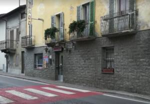 Un lettore sull'incendio (doloso) al San Maurizio di Cervasca: 'Sfaccendati carenti di cervello'