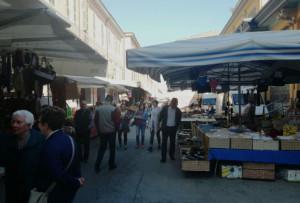 Cuneo, nelle festività natalizie il mercato anticipa al lunedì