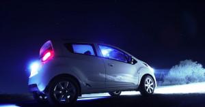 'Beccati' a girare in zone isolate con attrezzi da scasso in macchina: denunciati