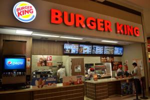Allarme incendio nella notte al Burger King di Borgo San Dalmazzo