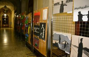 Busca, nella galleria del Palazzo municipale in mostra i disegni su Alpini e Resistenza