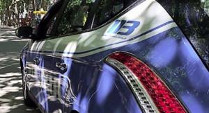 Guida una Mercedes senza patente: denunciato un marocchino