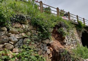 Intervento di ricostruzione del muro di sostegno sulla provinciale 46 a Rossana