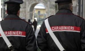 Due sinti provano a truffare un'anziana, ma lei chiama i carabinieri e li fa arrestare