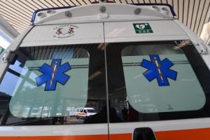 Scontro tra due auto a Tarantasca, due feriti: uno è in codice rosso