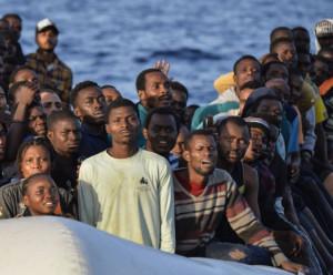 'Sull'immigrazione i governi precedenti hanno assecondato il menefreghismo UE per non scalfire interessi di coop e associazioni'