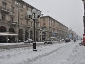 Neve in arrivo, a Cuneo chiudono solo le scuole superiori