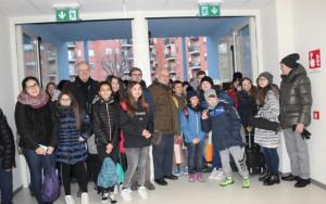 Alba: alunni in classe nella nuova scuola media della Moretta