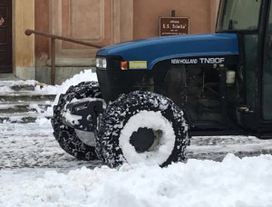 Busca: cinque giri di pulitura strade in occasione della nevicata