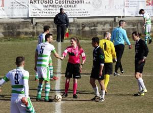 Calcio, Seconda Categoria: l'arbitro convalida un gol assurdo, ma la società danneggiata ricorre