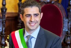 La 'rivoluzione normale' del sindaco di Parma Pizzarotti passa per Cuneo il 6 aprile