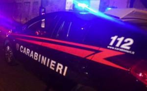 Devasta un bar a Bernezzo e minaccia i clienti con un coltello: arrestato