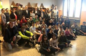 La quarta della primaria di Borgo San Giuseppe vince il concorso 'Disegna un mobile per la tua scuola'