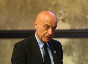 L'ex ministro Marco Minniti ai 'Dialoghi Eula' a Villanova Mondovì