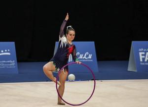 Amico Sport ad Abu Dhabi con l'atleta di ginnastica ritmica Paula Petrisor