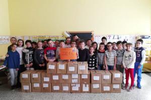 La Scuola Primaria di San Chiaffredo ha raccolto oltre 220 kg di generi alimentari da donare ai più bisognosi