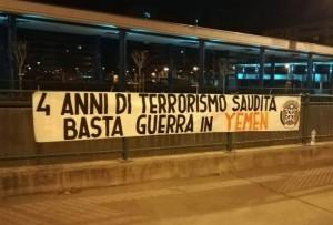 Striscione di Casapound contro l'aggressione saudita in Yemen