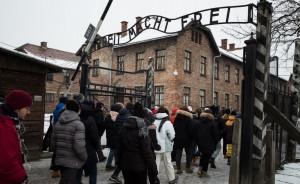 'Promemoria Auschwitz': gli studenti albesi raccontano la loro esperienza nell'ex campo di sterminio