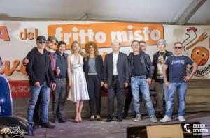 Brossasco, il 'Festival dei Sosia' apre la Festa del Legno 2019